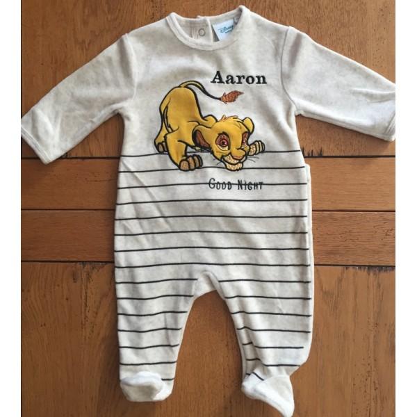 adb5f48328336 Pyjama bébé personnalisé prénom et bonnet bébé prénom brodé