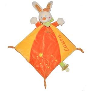 doudou personnalis lapin orange et jaune avec attache sucette. Black Bedroom Furniture Sets. Home Design Ideas